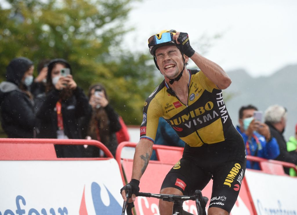 Team Jumbos Slovenian rider Primoz Roglic celebrates as he wins the 17th stage of the 2021 La Vuelta cycling tour of Spain a 1858 km race from Unquera to Lagos de Covadonga on September 1 2021 Photo by MIGUEL RIOPA AFP Photo by MIGUEL RIOPAAFP via Getty Images