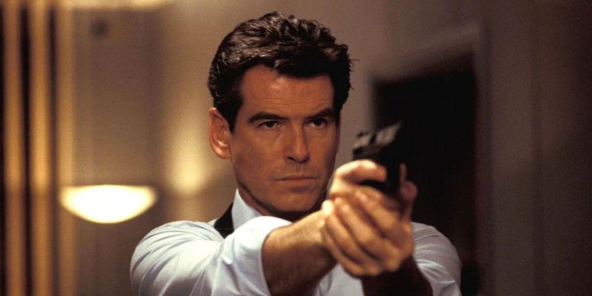 Pierce Brosnan holding gun as James Bond
