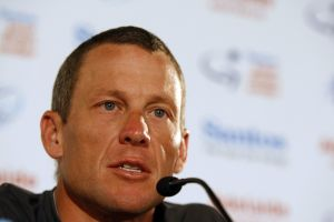 Lance Armstrong invites Paul Kimmage to interview him on stage