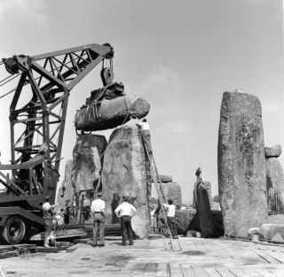 excavation at Stonehenge in 1958