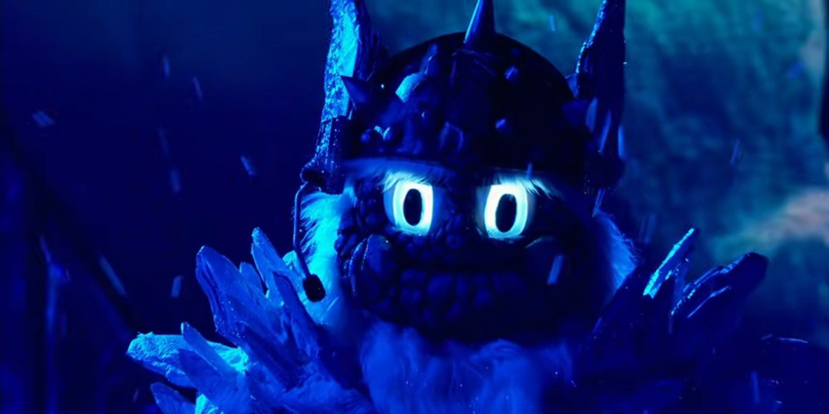 """Yeti performing """"Lonely"""" on The Masked Singer"""