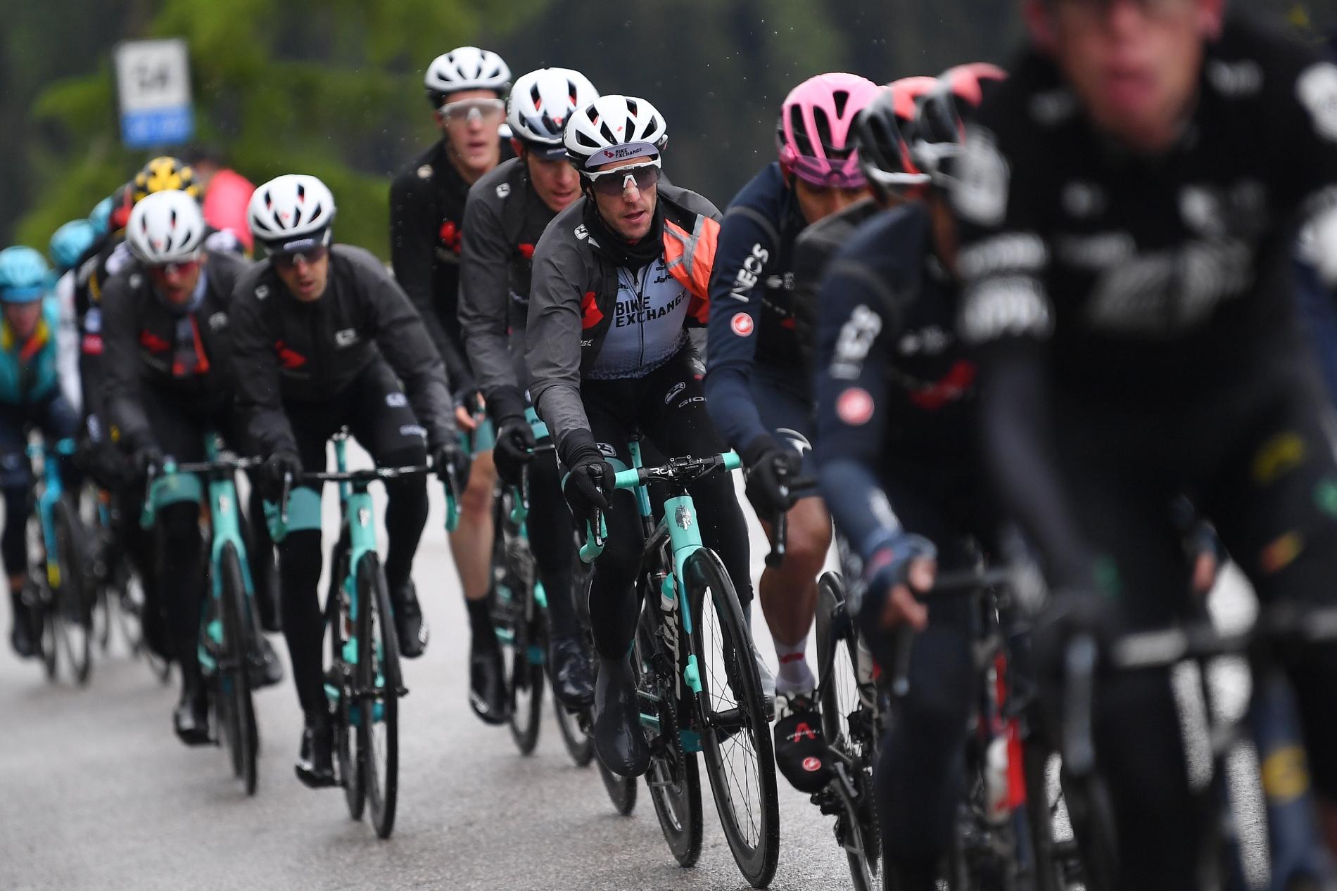Simon Yates Giau Giro d'Italia 2021 stage 16 BikeExchange