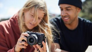 Thanks to its more compact form factor, the EOS M6 Mark II makes the for the perfect travelling companion