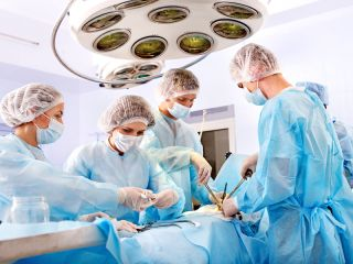 operating room doctors