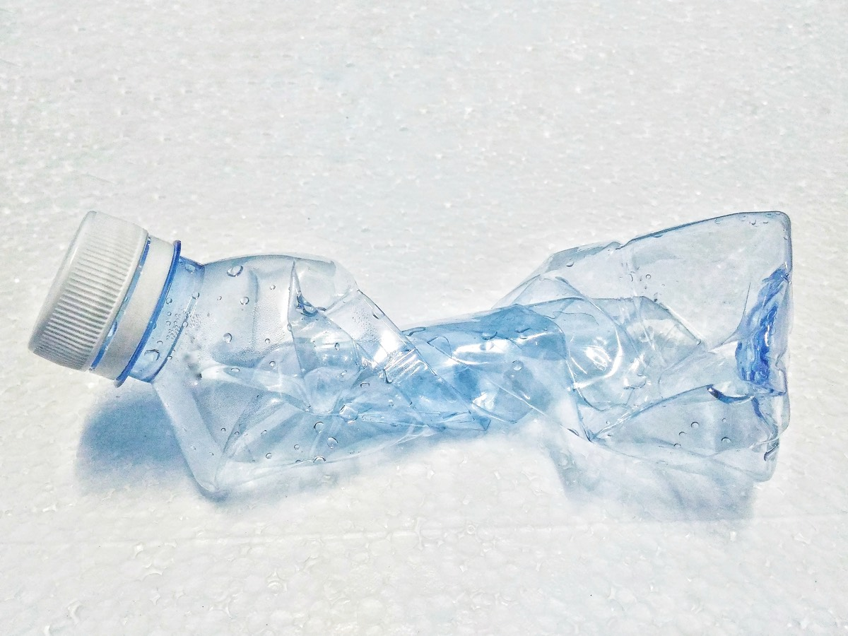 Watch This Bottle of Water Freeze Over in the Blink of an
