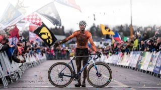 Canyon road bikes: Mathieu van der Poel with his World Championship winning Inflite