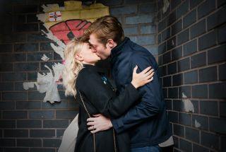 Daniel and Bethany Platt kiss passionately in Coronation Street