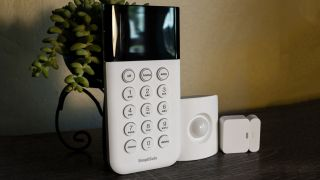 SimpliSafe Essentials