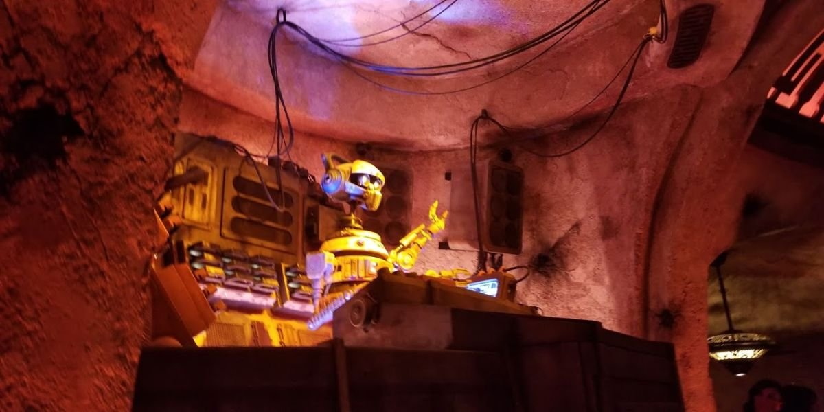 People Kept Stealing Sporks From Galaxy's Edge, So Disneyland Started Selling Them - CINEMABLEND