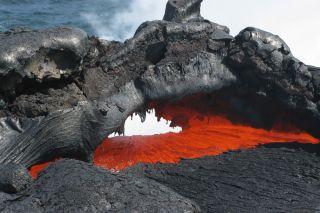 volcano facts, volcano eruptions