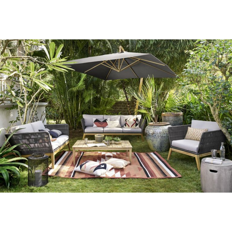 25 small garden ideas for a mighty beautiful outdoor space ... on Outdoor Living 4U id=84155