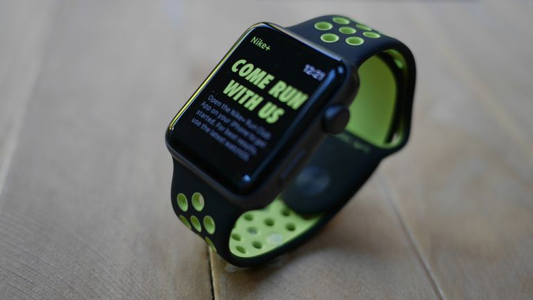 apple watch nike review a new and effective take on running rh t3 com Nike Triax Watch Nike Bowerman Watch Manual