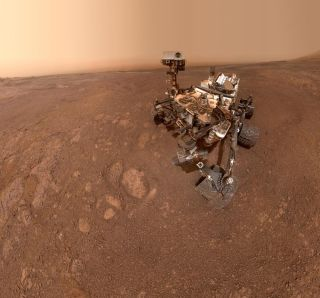 Curiosity Snaps Epic 'Selfie' on Mars as It Moves On to New