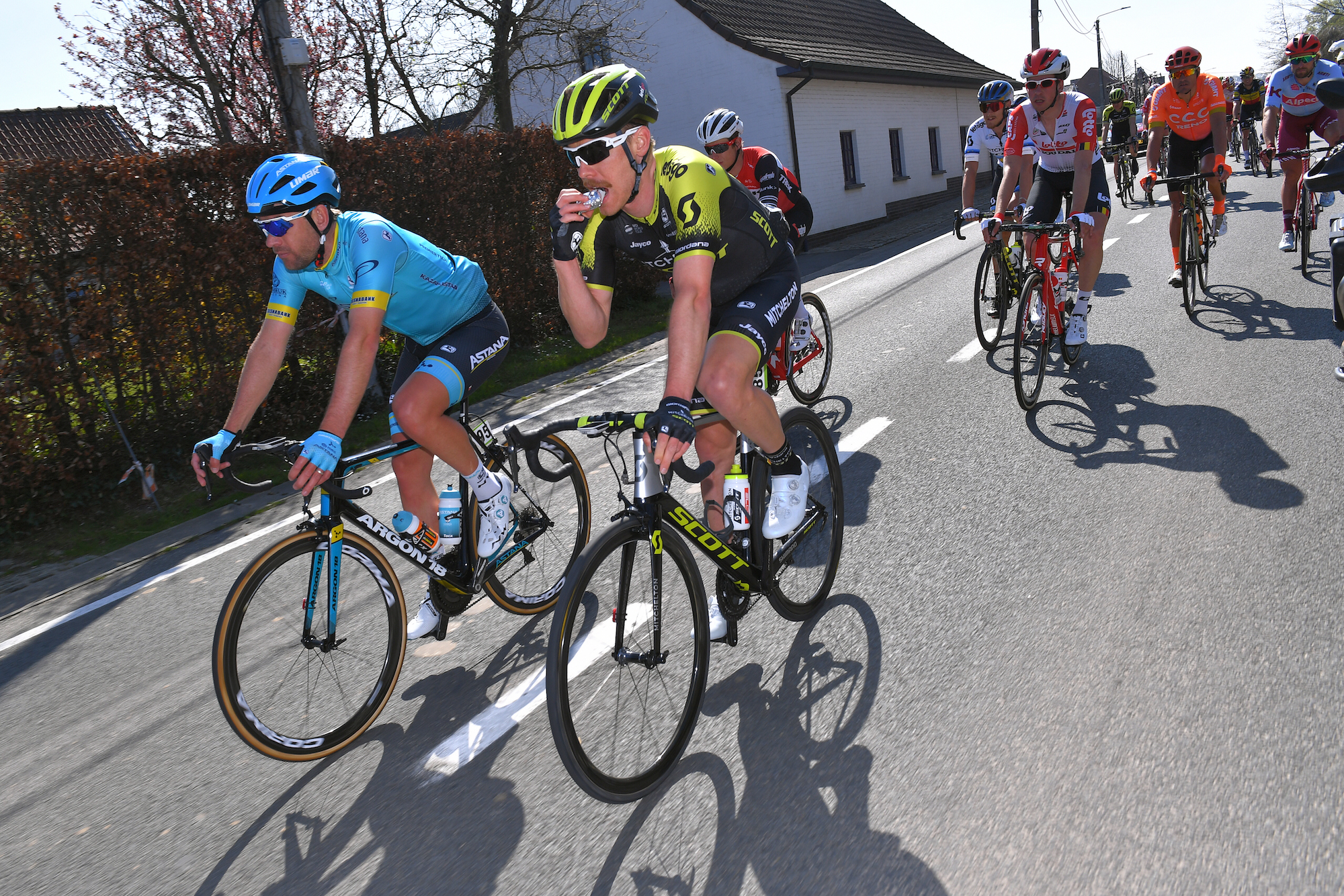 Study shows effects of under fuelling among pro cyclists during Classics period