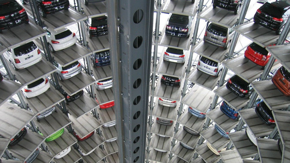 Why hybrid cloud works best for the automotive industry