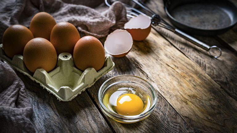 eggs, tiktok, pesto eggs tiktok, brunch, eggs for brunch