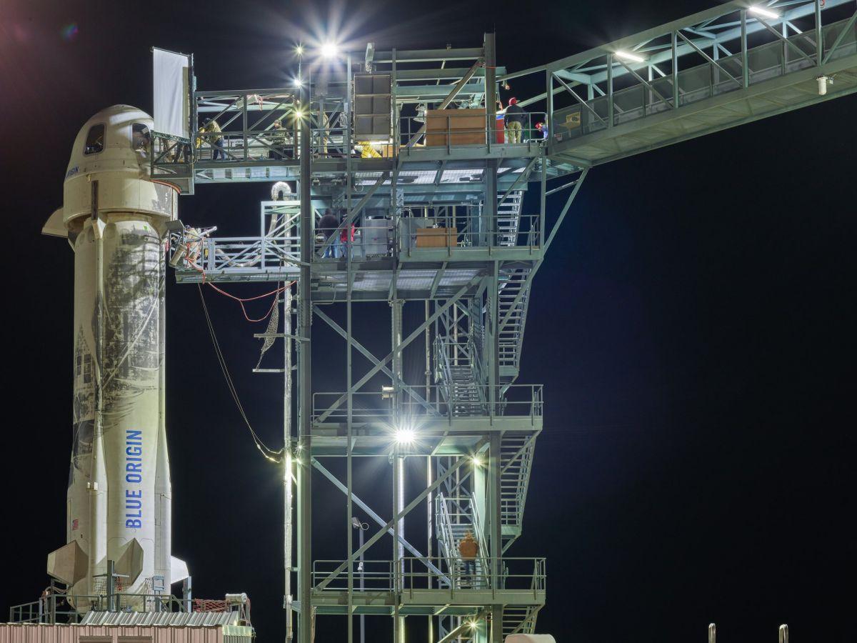 Bad Weather Delays Blue Origin Launch of Reusable...