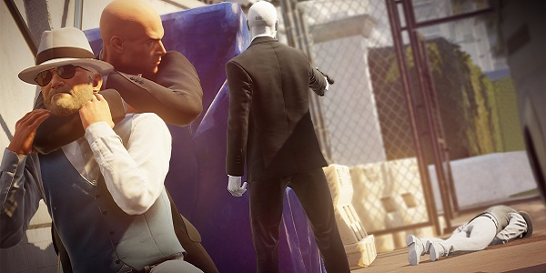 Agent 47 and his Ghost try to take out the same target first.