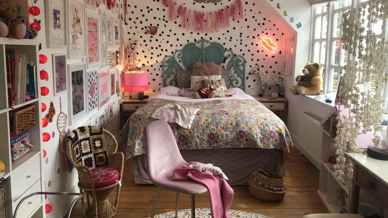 Girls bedroom ideas: Maximalist pink and green bedroom decor in girls bedroom design by Cult Furniture