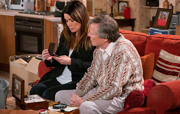 Coronation Street spoilers: Carla Connor is worried about Roy