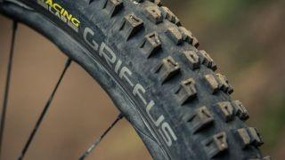 Hutchinson Griffus tyres