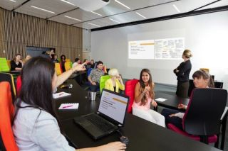 Barco CSM Expands the Huddle Room Category
