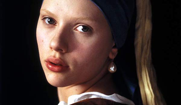 Scarlett Johansson in The girl with the pearl earring