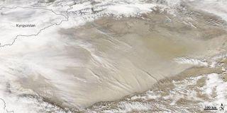 dust-storm-taklimakan-desert-110302-02
