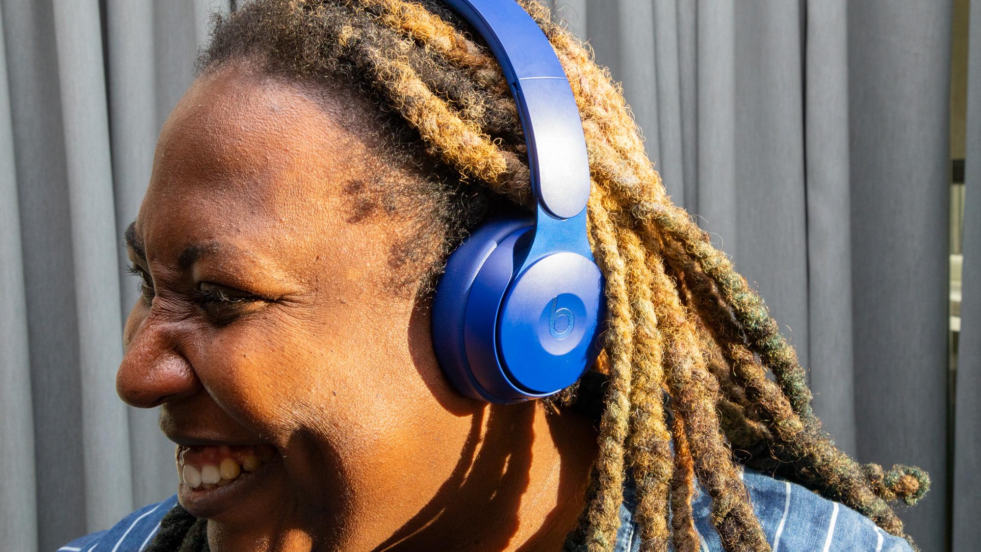 Best noise cancelling headphones: Beats Solo Pro