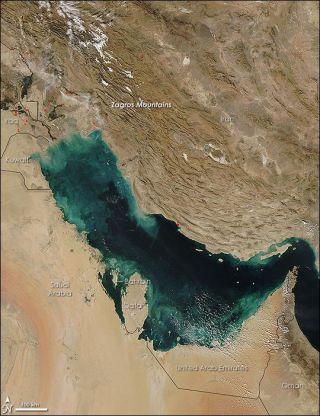 persian-gulf-110411-02