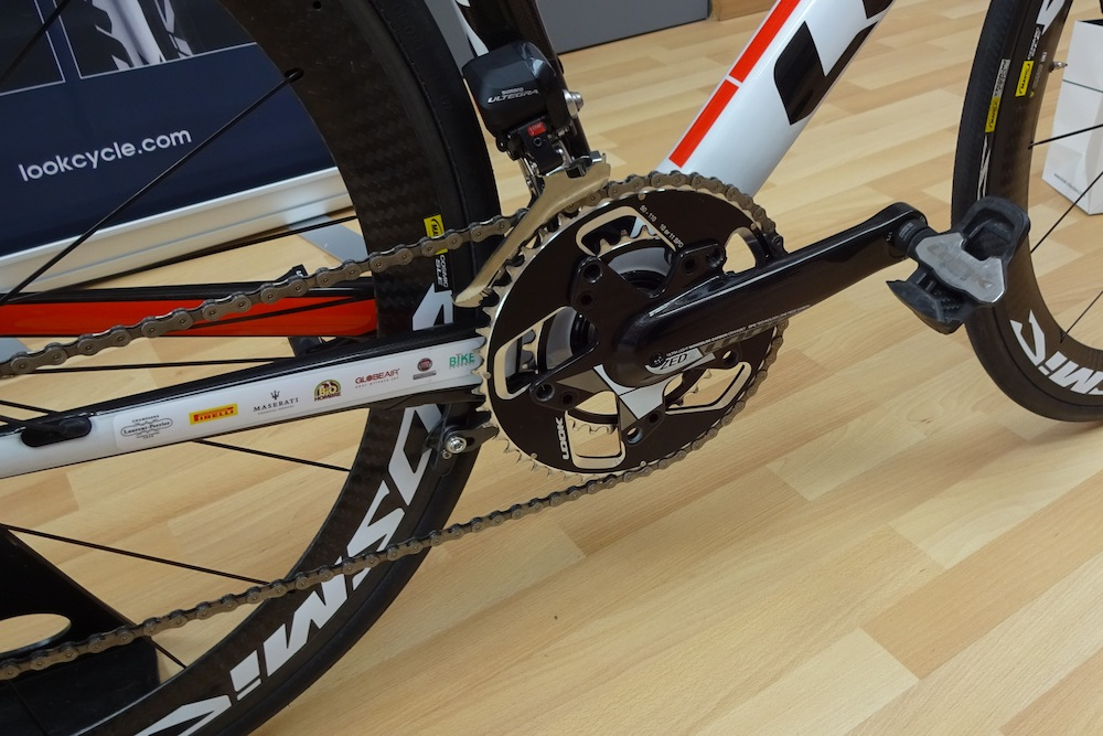 Look Zed 2 carbon chainset is a single piece carbon design with a claimed weight of 320g