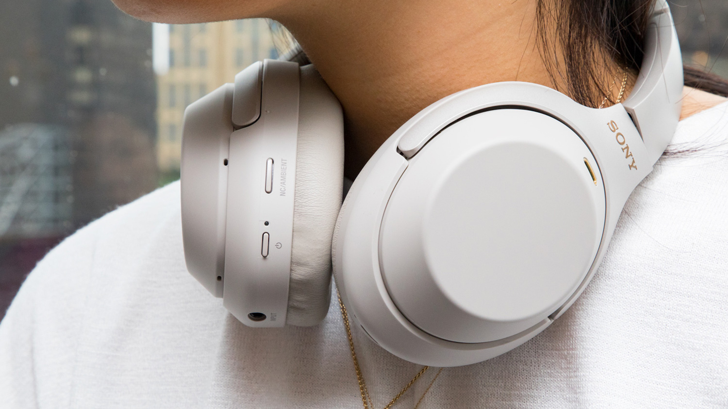 Best noise cancelling headphones: Sony WH-1000XM3