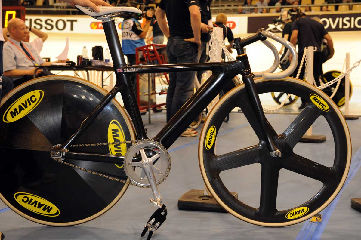 Uci Threaten To Ban Britain S Track Bikes Cycling Weekly