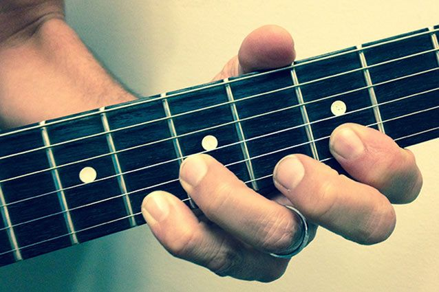 Five Scales Guitar Players Need to Practice
