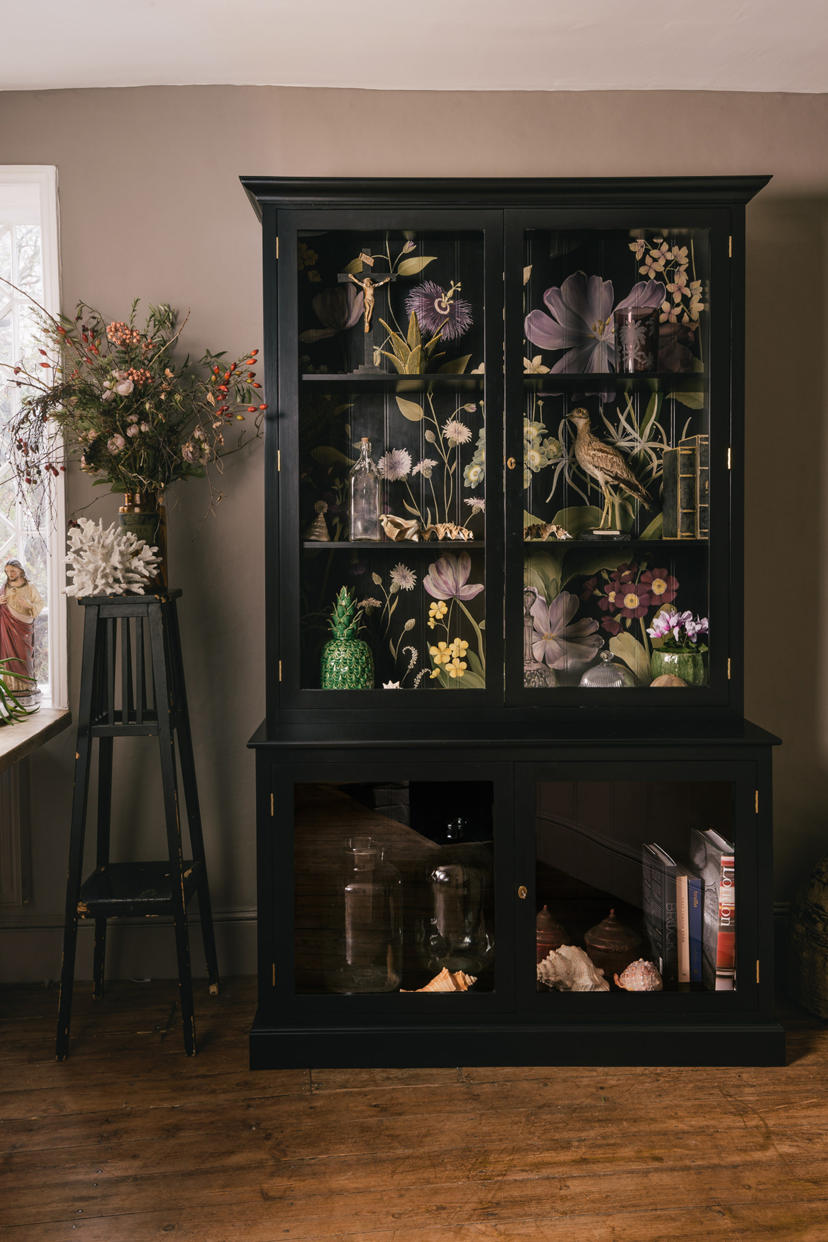 marvellous industrial chic kitchen | BLOOMING MARVELLOUS: Devol's CHIC CHINOISERIE FOR YOUR ...