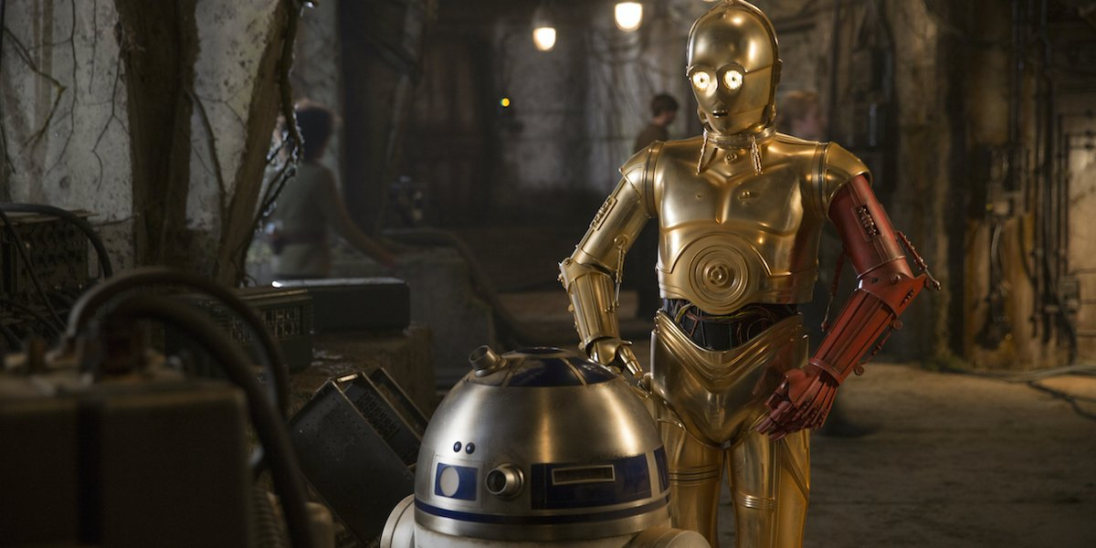 Red arm C-3PO and R2-D2 in Star Wars Force Awakens