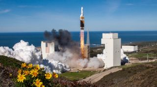 A United Launch Alliance Delta 4 Heavy lifts off Jan. 19 carrying a classified payload. The delay of the launch from late 2018 helped cushion a projected decline in earnings that Lockheed Martin from ULA in 2019.