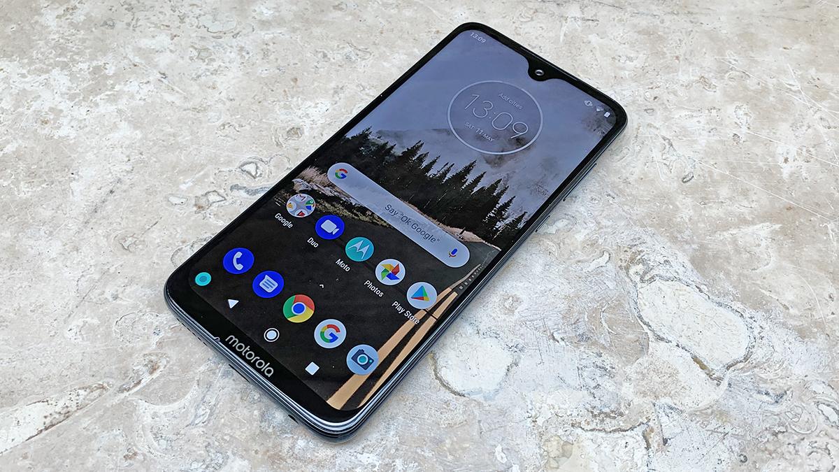 Best budget smartphone 2020 uk sim free