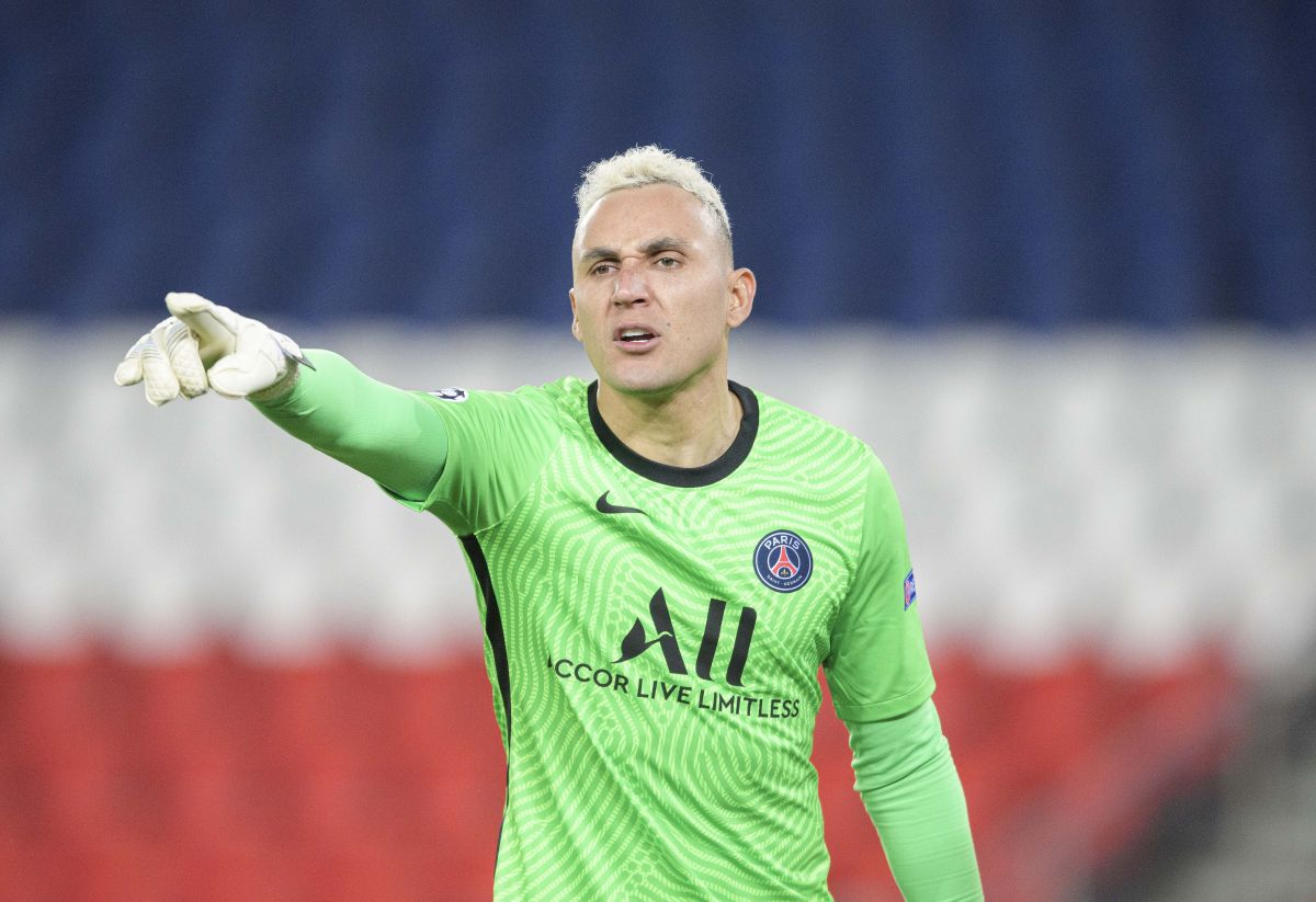 Manchester United transfer news: United and Juventus on alert as Keylor Navas hints at PSG exit