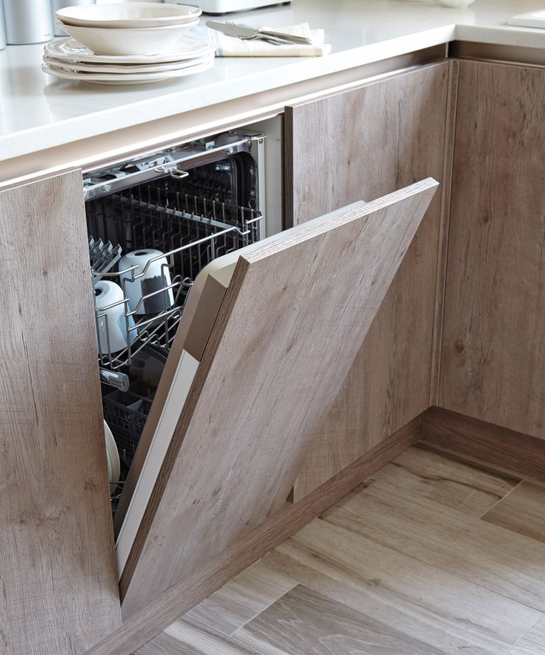 The surprising items you can clean in the washing machine and dishwasher