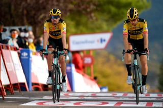 SABIANIGO SPAIN OCTOBER 24 Arrival Tom Dumoulin of The Netherlands and Team Jumbo Visma Lennard Hofstede of The Netherlands and Team Jumbo Visma during the 75th Tour of Spain 2020 Stage 5 a 1844km Huesca to Sabinigo 835m lavuelta LaVuelta20 La Vuelta on October 24 2020 in Sabinigo Spain Photo by David RamosGetty Images