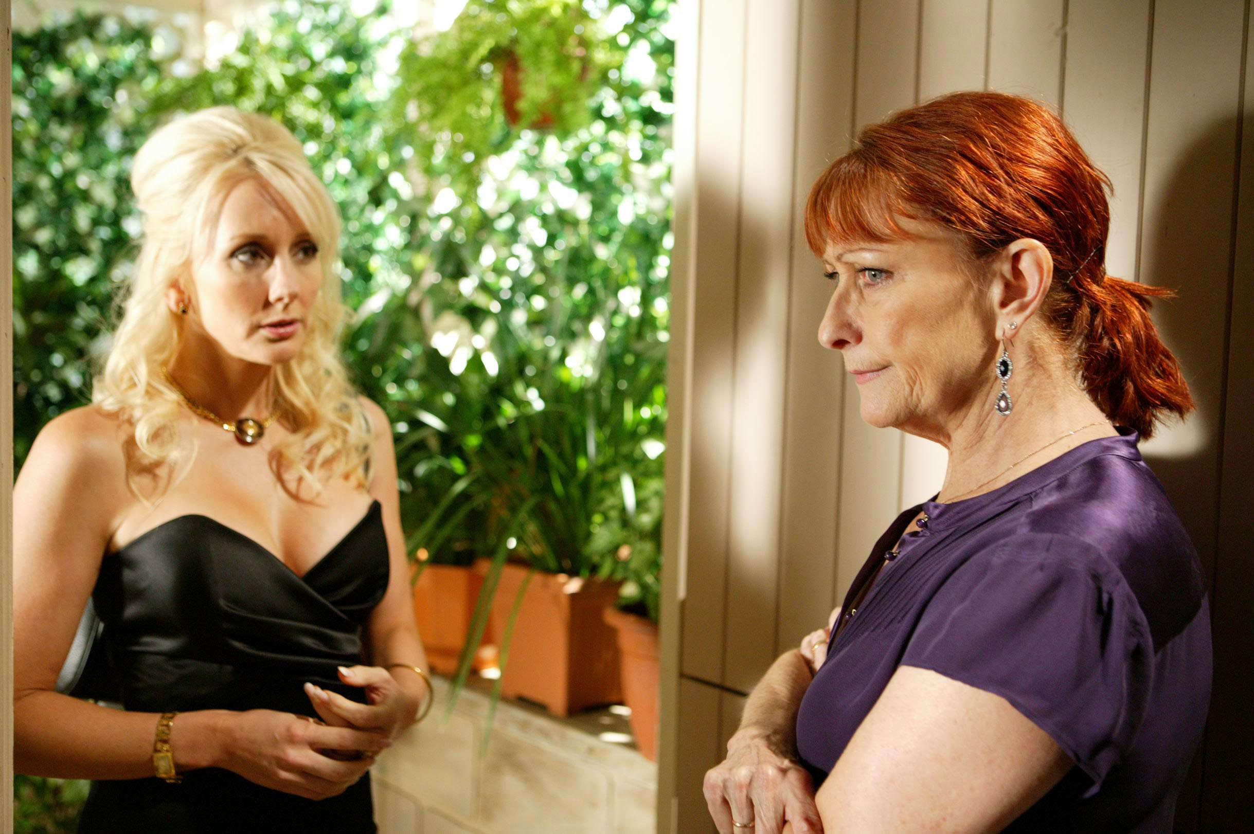Donna tricks Irene
