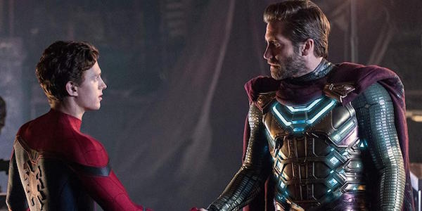 Spider-Man and Mysterio shaking hands