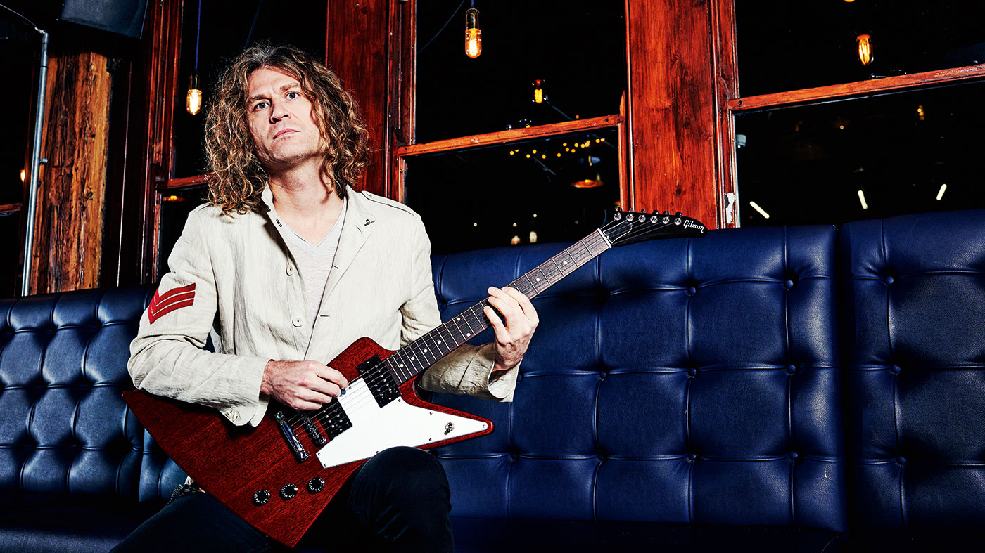 "Dave Keuning: ""Learn more voicings if you want to express different emotions through your guitar"""