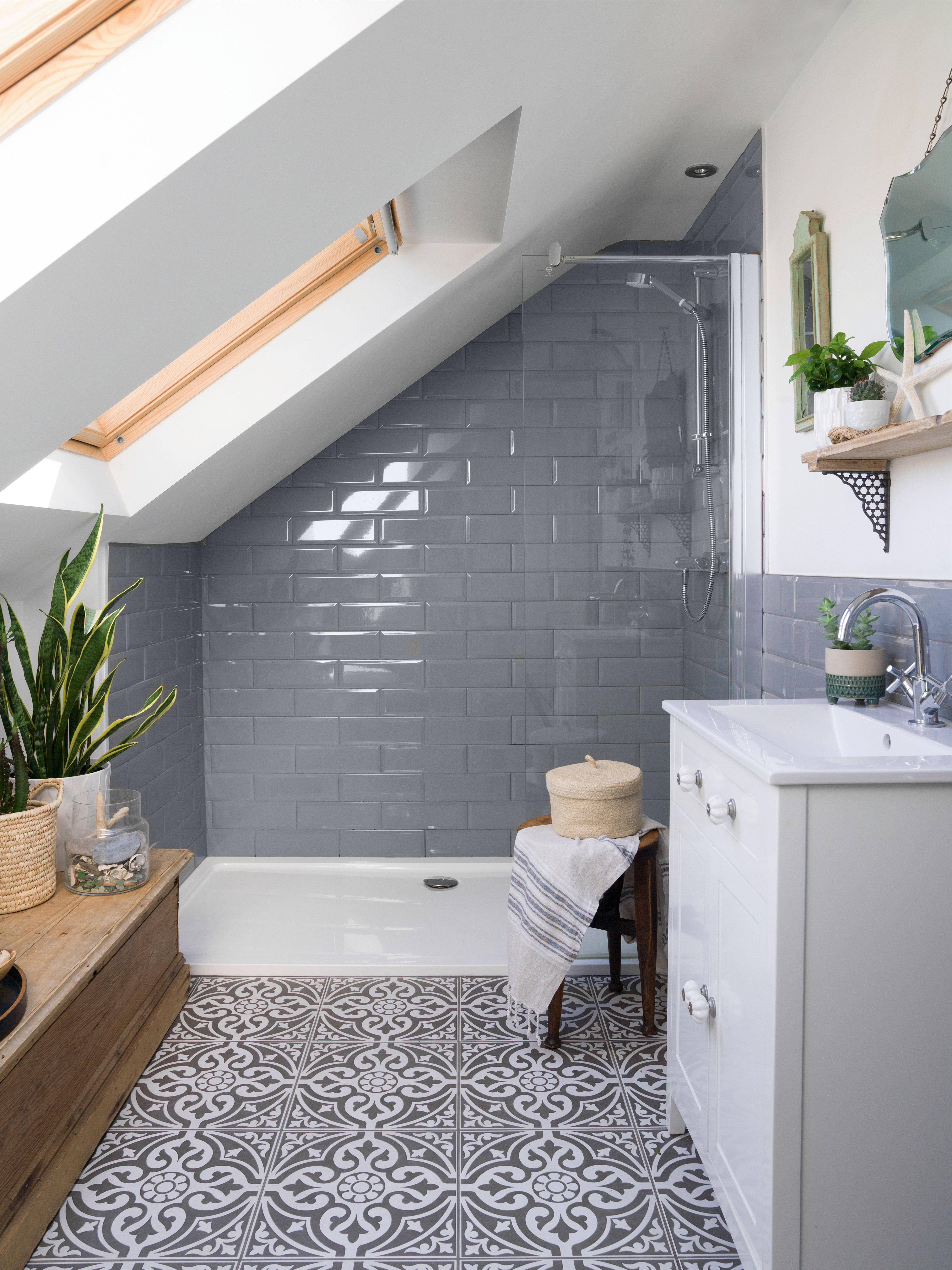 15 Small Bathroom Tile Ideas Stylish, Small Bathroom Tiles