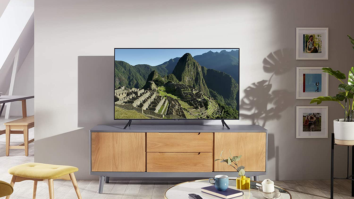 Best 43 Inch Tvs Cinematic 4k Tvs Without The Giant Size T3