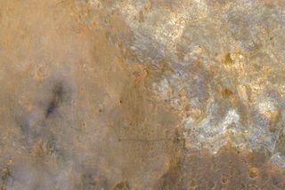 NASA Orbiter Spots Mars Rover Curiosity