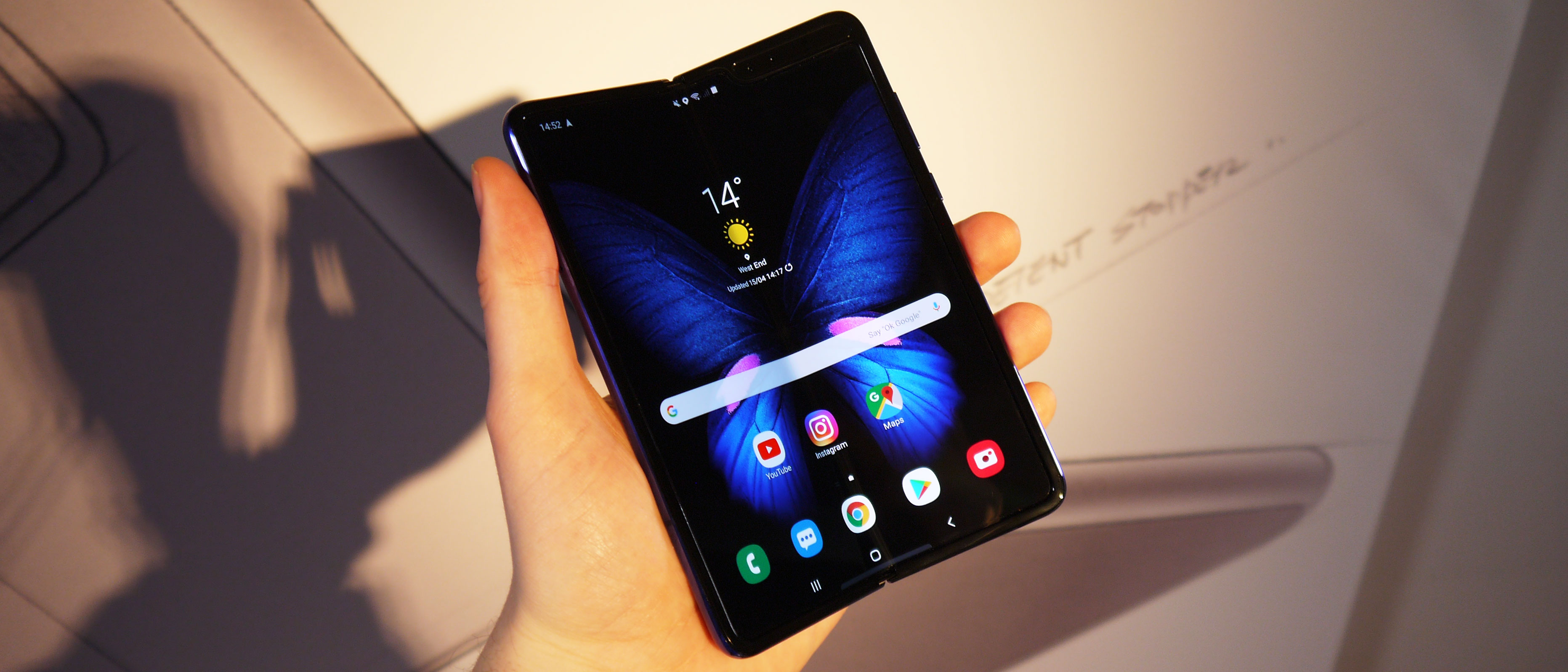 6cd9a870a2ffc Samsung Galaxy Fold hands on review