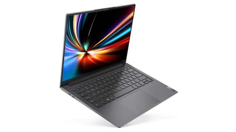 Apple MacBook Air Lenovo Yoga Slim 7i Pro