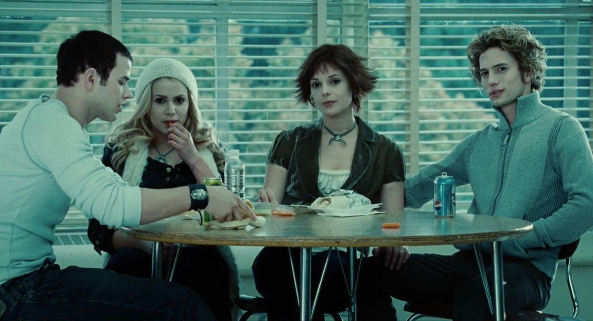 Cullens in the cafeteria in Twilight
